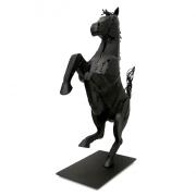 Hobune inspireerituna Ferrari logolt, Saksamaa, autor Karmo Kiivit / Horse inspired by Ferrari logo, Germany, author Karmo Kiivit