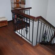 eramu trepi-piire Helsingi lähistel / Staircase banister of a private house near Helsinki