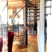 keerdtrepp korteris Toompeal / spiral staircase in apartment on Toompea hill, Tallinn old town